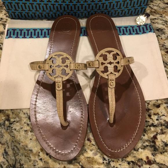 b598a525549b6 Tory Burch mini miller sandal size 11. M 5ae0cb7fa825a6287998a4c8